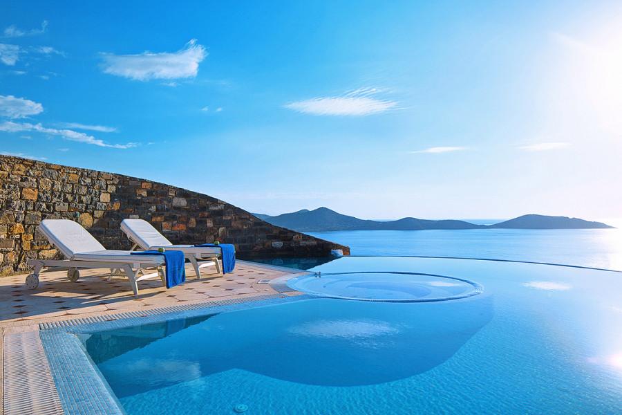 1 Bedroom Imperial Spa Pool Villa