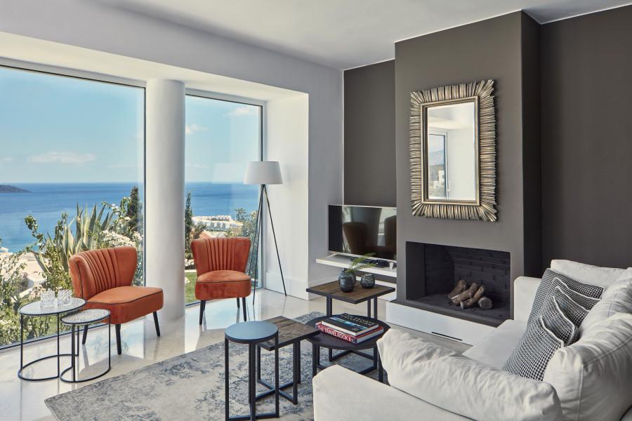 3 Bedroom Mediterranean Pool Villa
