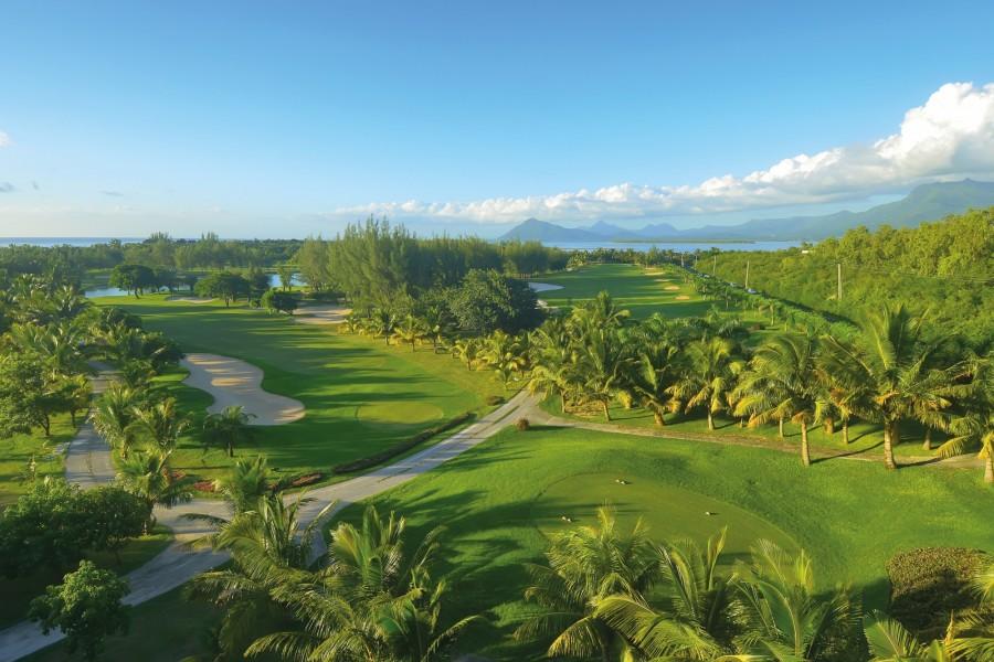 Paradis Beachcomber Golf Resort & Spa