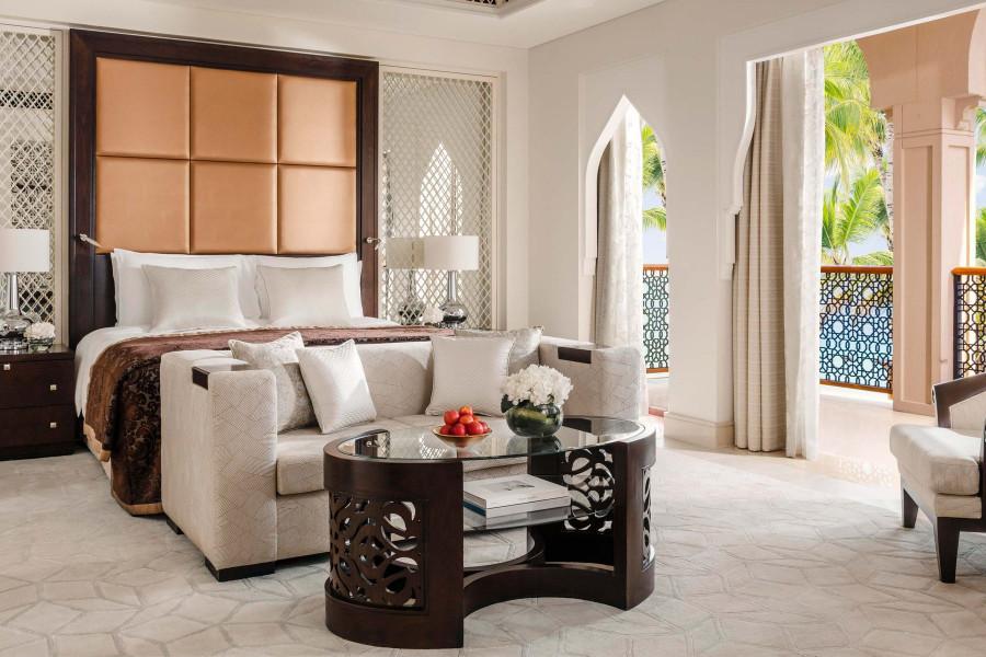 Premiere Rooms - Palm Beach Mansion