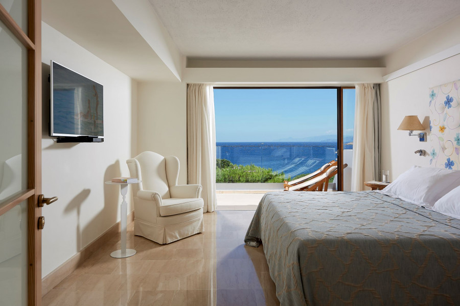 Classic Suite 1 Bedroom Sea View