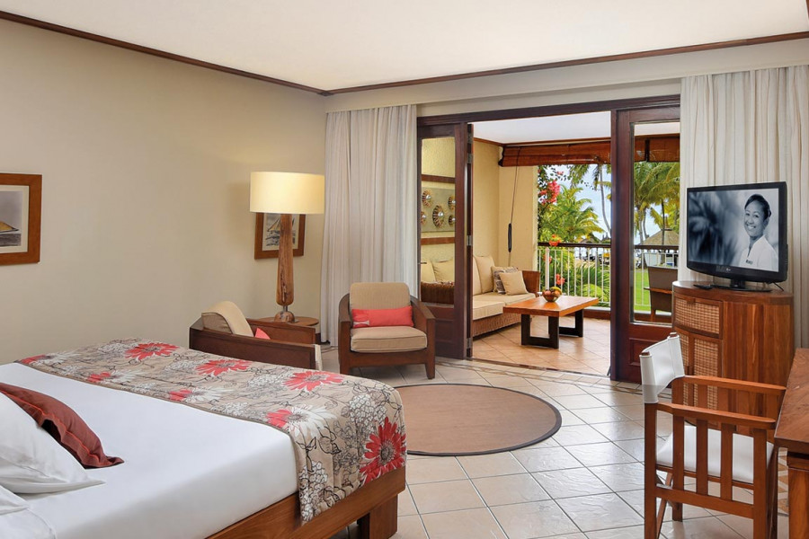 Tropical Rooms / Tropical Beachfront Rooms