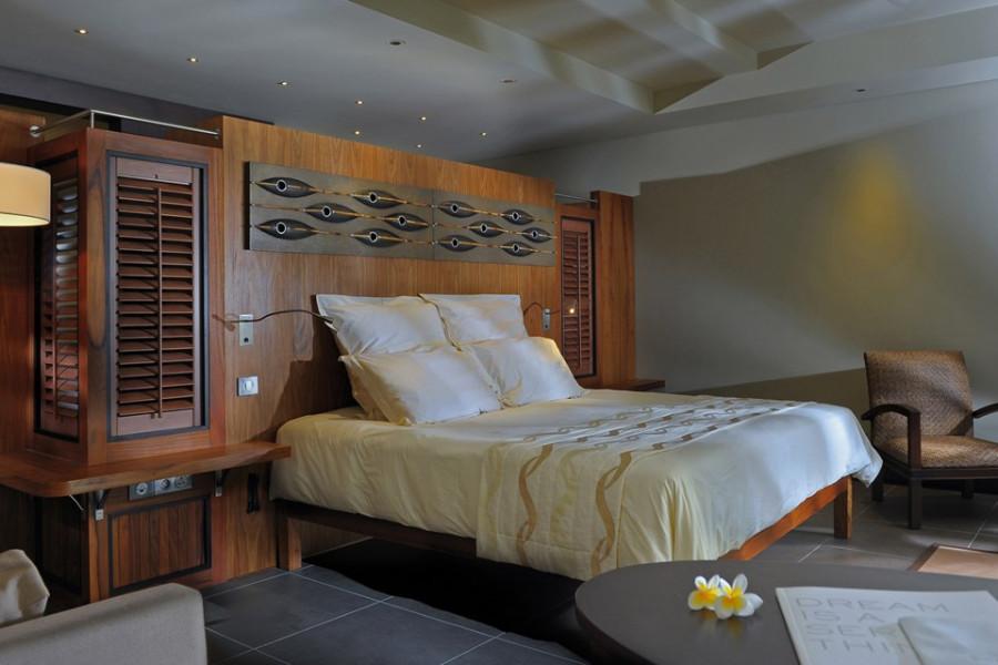 Beachfront Suites with Pools