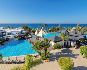 7 nights from £2,575 family of 3. Departs 27 October 2019